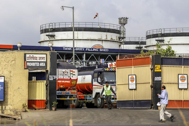IndiaMulls Cutting Stake in Indian Oil to Below 51%