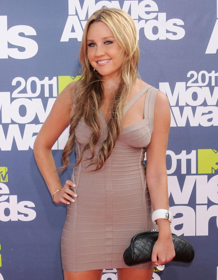 UNIVERSAL CITY, CA - JUNE 5: Actress Amanda Bynes arrives at the 2011 MTV Movie Awards at the Gibson Amphitheatre on June 5, 2011 in Universal City, California. (Photo by Gregg DeGuire/MTV/FilmMagic)