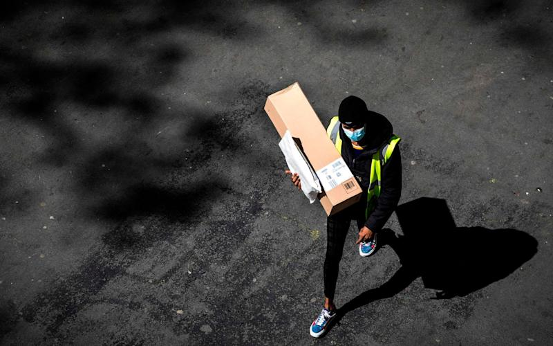 Amazon workforce to hit one million after pandemic hiring spree