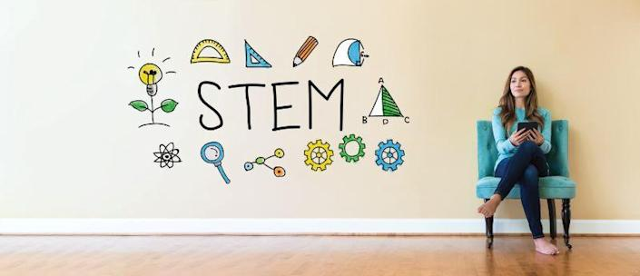 MAKERS India hosted a webinar on 29th May on Women in STEM