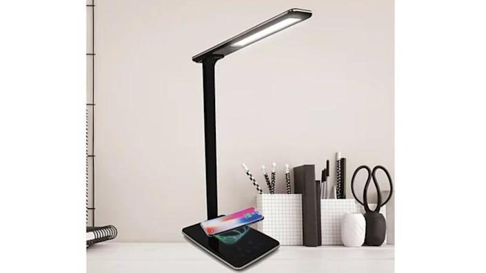 What's better than a lamp that also charges your phone?
