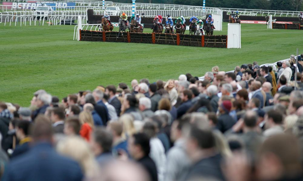 Kempton Park will host a full card on Saturday, with Fire Fighting the best bet in the 2.05 race.