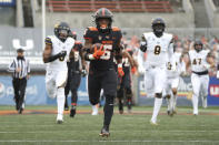 Oregon State running back Jermar Jefferson (6) runs 75-yards to score a touchdown on the first play of an NCAA college football game against California in Corvallis, Ore., Saturday, Nov. 21, 2020. (AP Photo/Amanda Loman)
