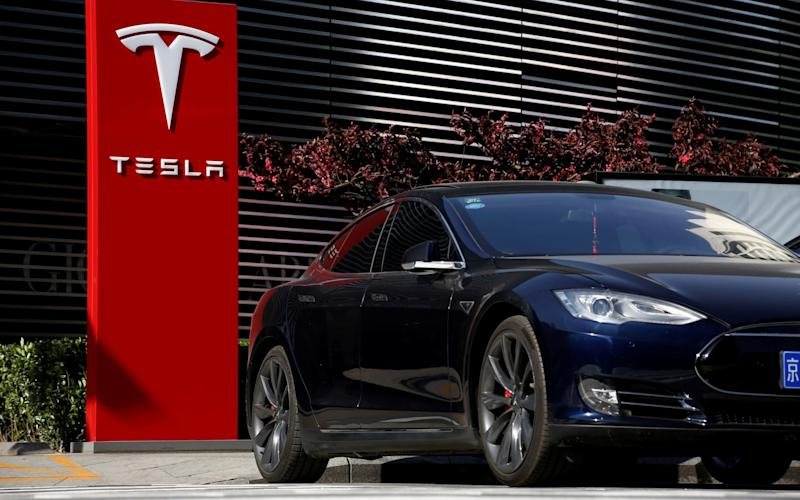 Tesla has sold 200,000 cars in the US - REUTERS