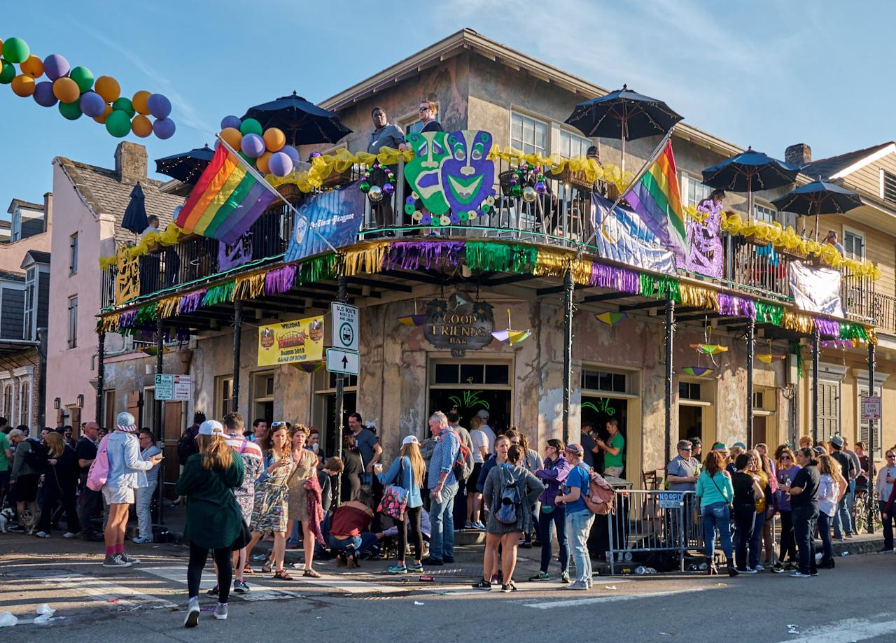 """<p>New Orleans is a great spot for a quick getaway on a budget. In addition to <a href=""""https://www.airbnb.com/a/New-Orleans--Louisiana--United-States?af=1922719&amp;c=.pi0.pk55453444516_381755682865_c_26574308370&amp;sem_position=1t2&amp;sem_target=kwd-26574308370&amp;location_of_interest=&amp;location_physical=1016367&amp;mdk=true&amp;gclid=EAIaIQobChMIvceo0N-I5wIVCr3ACh0SGgzREAAYAiAAEgINQ_D_BwE"""" target=""""_blank"""" class=""""ga-track"""" data-ga-category=""""Related"""" data-ga-label=""""https://www.airbnb.com/a/New-Orleans--Louisiana--United-States?af=1922719&amp;c=.pi0.pk55453444516_381755682865_c_26574308370&amp;sem_position=1t2&amp;sem_target=kwd-26574308370&amp;location_of_interest=&amp;location_physical=1016367&amp;mdk=true&amp;gclid=EAIaIQobChMIvceo0N-I5wIVCr3ACh0SGgzREAAYAiAAEgINQ_D_BwE"""" data-ga-action=""""In-Line Links"""">affordable hotels and hostels</a> (check out <a href=""""http://old77hotel.com/rooms/"""" target=""""_blank"""" class=""""ga-track"""" data-ga-category=""""Related"""" data-ga-label=""""http://old77hotel.com/rooms/"""" data-ga-action=""""In-Line Links"""">The Old No 77 Hotel</a>, where rooms start around $100 for two to four people), the city offers tons of unique restaurants, bars, and shopping. Grab breakfast at <a href=""""http://www.mothersrestaurant.net/wp-content/uploads/2019/05/Mothers_Restaurant_Menu.pdf"""" target=""""_blank"""" class=""""ga-track"""" data-ga-category=""""Related"""" data-ga-label=""""http://www.mothersrestaurant.net/wp-content/uploads/2019/05/Mothers_Restaurant_Menu.pdf"""" data-ga-action=""""In-Line Links"""">Mother's Restaurant</a>, where you can get a full breakfast, coffee included, for only $6.50. And for an easy way to get around, book a ticket on a streetcar, which will take you from the French Quarter to the surrounding neighborhoods like the Garden District. Oh, and don't forget to have fun on Bourbon Street!</p>"""