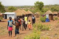 South Sudan war strains Uganda's generous refugee policy