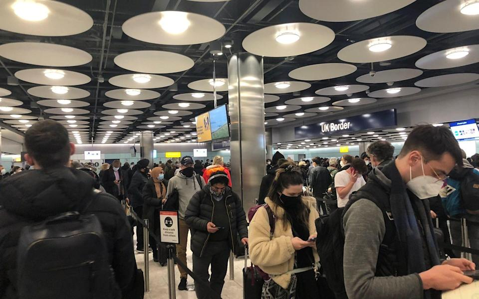 Queues in Heathrow terminal 5 on January 22 - PIA JOSEPHSON via REUTERS