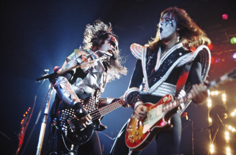 Gene Simmons and Ace Frehley in 1977. (Photo: Michael Putland/Getty Images)