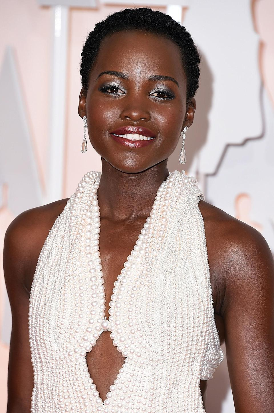 Fabulous jewelry isn't limited to rings and necklaces—for her trip to the 2015 Oscars, Lupita Nyong'o delighted in a pearl-encrusted custom Calvin Klein gown that took the concept from head to toe.