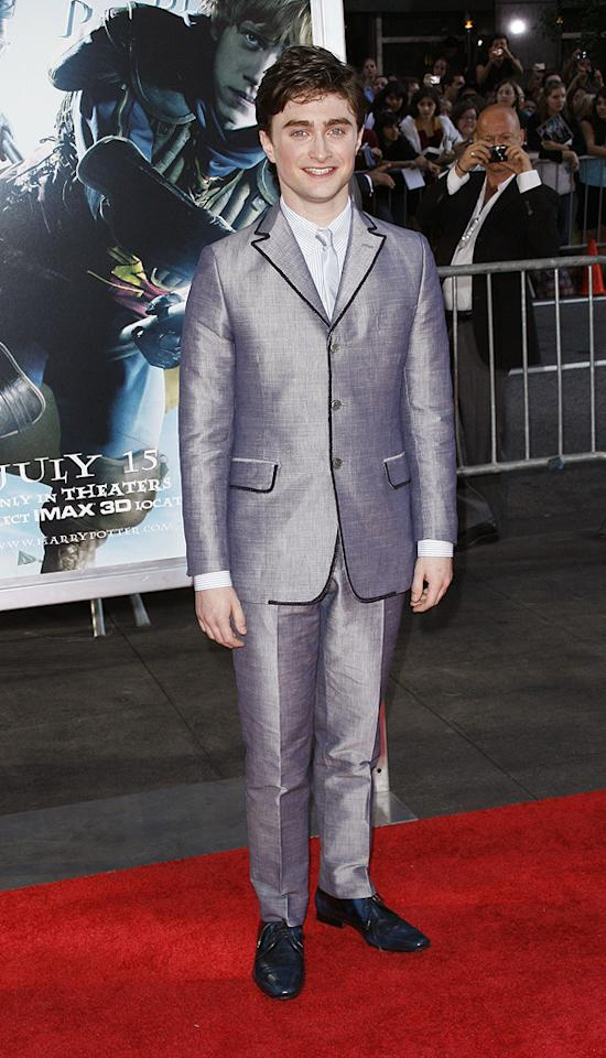 """<a href=""""http://movies.yahoo.com/movie/contributor/1802866080"""">Daniel Radcliffe</a> at the New York premiere of <a href=""""http://movies.yahoo.com/movie/1809791044/info"""">Harry Potter and the Half-Blood Prince</a> - 07/09/2009"""