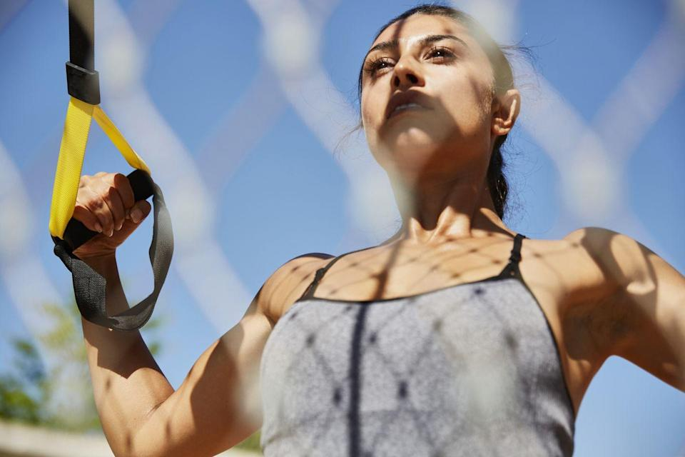 """<p>Strength training may not leave you drenched in sweat like a HIIT workout will, but you'll definitely need sustenance to power through any resistance session, bodyweight or otherwise. Think of all those tiny muscles you're working out.</p><p>King of the resistance band and founder of Workshop Gymnasium Lee Mullins (<a href=""""https://www.instagram.com/leeworkshop/"""" rel=""""nofollow noopener"""" target=""""_blank"""" data-ylk=""""slk:@leeworkshop"""" class=""""link rapid-noclick-resp"""">@leeworkshop</a>) knows what is good to for a pre-workout meal that likely involves a rubber band and working through a slow and steady pain cave for the best part of an hour. He loves a handful of mixed nuts, a few squares of dark, organic chocolate or a small portion of chicken and guacamole.</p><p>Why? 'Eating pre-workout snacks that are predominantly made up of healthy fats and protein helps to raise the neurotransmitters acetylcholine and dopamine, which have been found to increase focus.'</p><p>As with the other workouts, Mullins advises eating at least 60 minutes before the workout and warns that some people may need to consume their pre-workout snack slightly earlier- around 90 minutes before working out.<br></p><p>He also continues to add that the optimum time to consume a pre-workout meal is based on a number of factors – how much you're eating, whether it's a liquid-based snack or solid food, and how good your digestive system is. 'Trial and error is sadly one of the only ways to work out what your body needs,' he continues.</p>"""