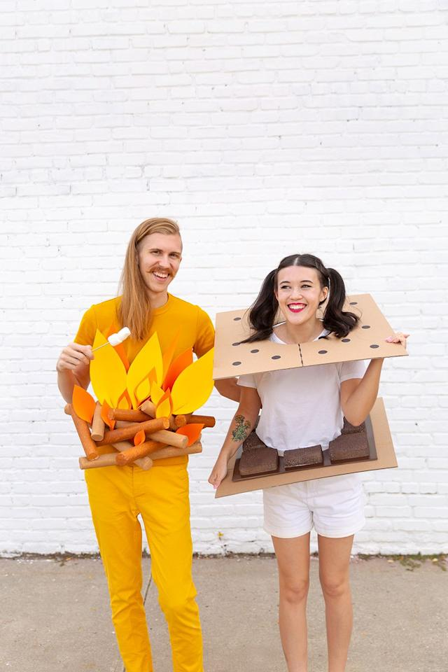 """<p>If you both love camping, or just want to be an iconic duo with your bestie, try this classic combo. </p><p><strong>Get the tutorial at <a href=""""http://www.awwsam.com/2018/10/diy-camp-couples-costumes.html"""" target=""""_blank"""">Aww Sam</a>. </strong></p><p><strong><a class=""""body-btn-link"""" href=""""https://www.amazon.com/Corrugated-Cardboard-Sheets-24-Pack-Inserts/dp/B079QRBBFP?tag=syn-yahoo-20&ascsubtag=%5Bartid%7C10050.g.21349110%5Bsrc%7Cyahoo-us"""" target=""""_blank"""">SHOP CARDBOARD</a><br></strong></p>"""