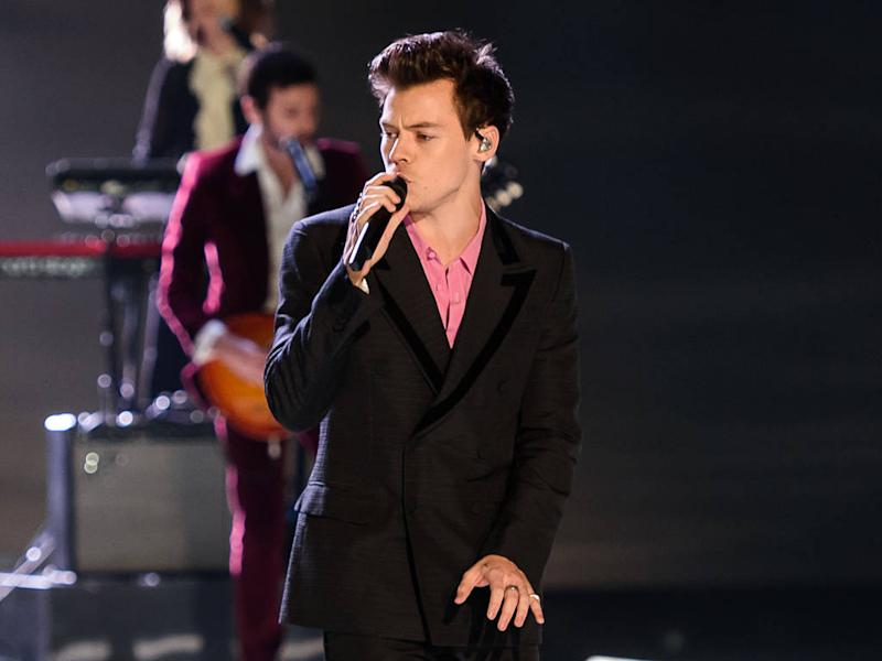 Harry Styles' pre-Super Bowl gig evacuated over storm fears