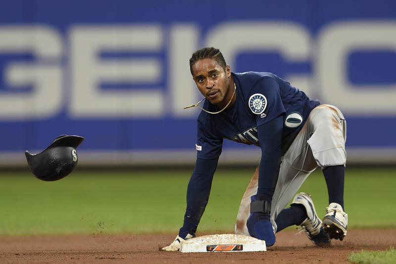 Seattle Mariners' Mallex Smith steals second against the Baltimore Orioles during the 13th inning of a baseball game Saturday, Sept. 21, 2019, in Baltimore. The Mariners won 7-6 in 13 innings.(AP Photo/Gail Burton)