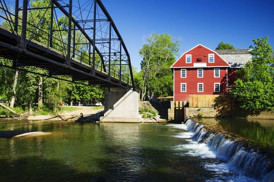 "<p><a href=""https://www.tripadvisor.com/Attraction_Review-g31892-d629565-Reviews-War_Eagle_Mill-Rogers_Arkansas.html"" rel=""nofollow noopener"" target=""_blank"" data-ylk=""slk:The famous War Eagle Mill"" class=""link rapid-noclick-resp"">The famous War Eagle Mill</a> was built in 1832 and has been destroyed and rebuilt three times, yet it's still in operation today. During the fall, the town hosts an elaborate craft fair that DIY lovers won't want to miss.</p>"