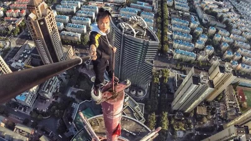 Extreme Rooftop Stunt Artist & Social Media Star Dies After 62-Storey Fall