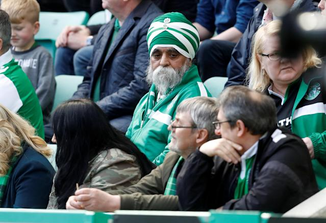 Soccer Football - Scottish Premiership - Hibernian v Celtic - Easter Road, Edinburgh, Britain - April 21, 2018 Hibernian fan during the match REUTERS/Russell Cheyne