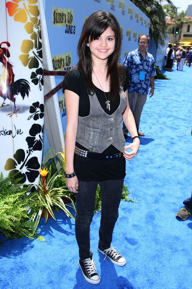 When she was the epitome of 2007 cool at the Surf's Up premiere.