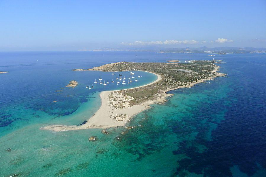 The paradise Spanish island of S'Espalmador has been bought for £16 million (Wikimedia)