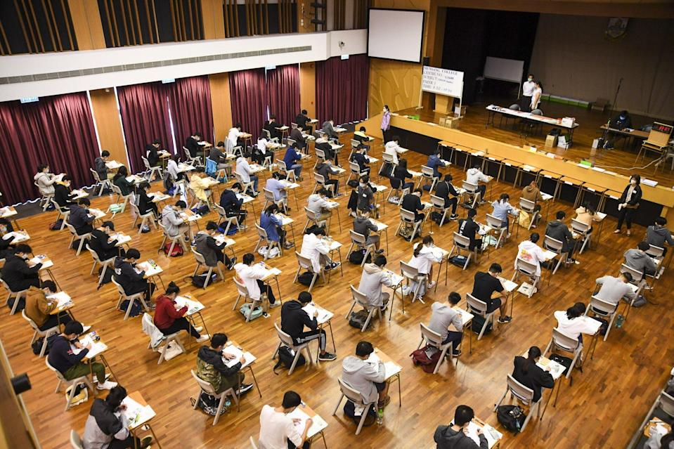 Students take the Hong Kong Diploma of Secondary Education exam in Kowloon City last year. Photo: Handout