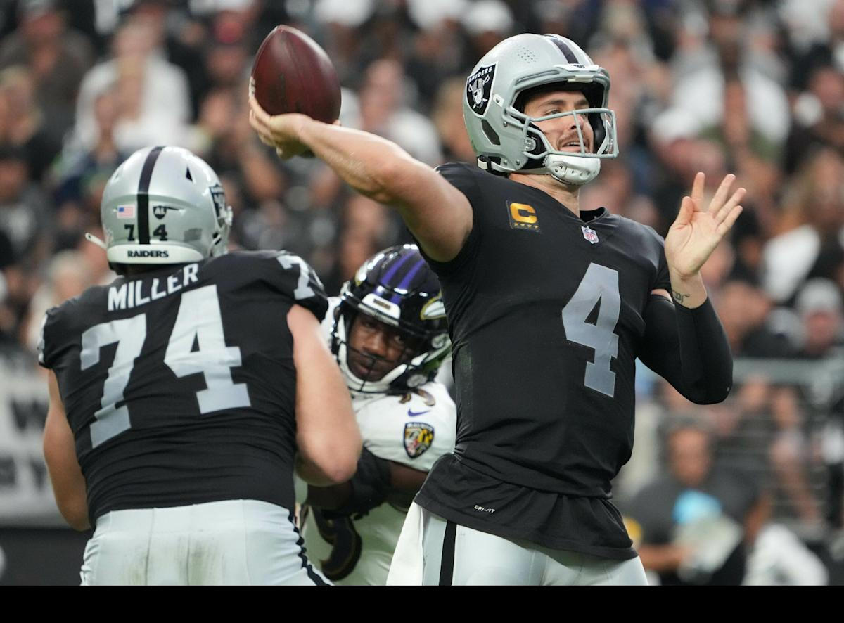 Charles Barkley would like Derek Carr to stop overthrowing his receivers