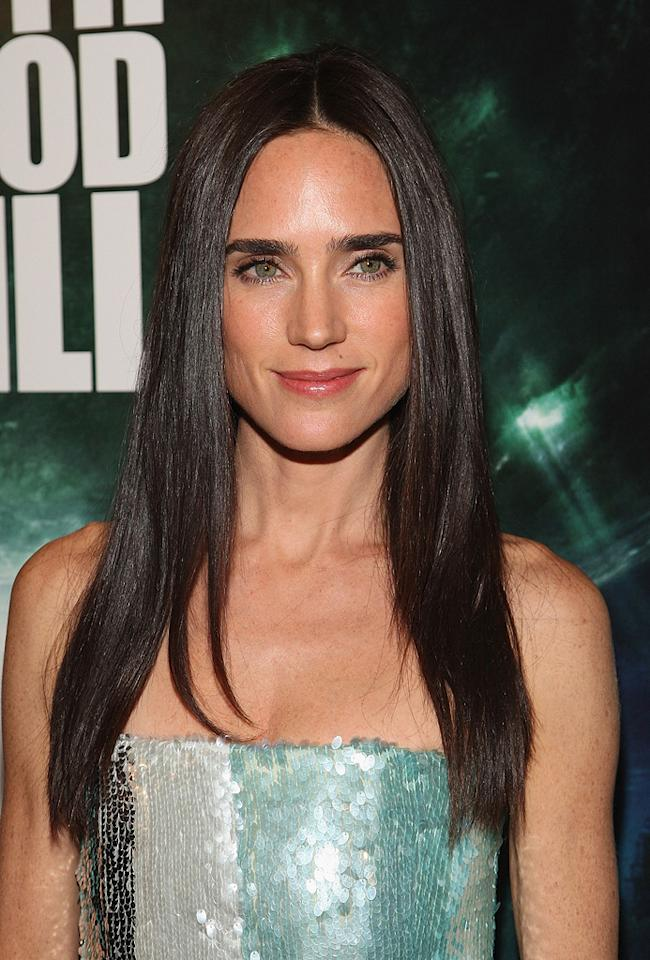 """<a href=""""http://movies.yahoo.com/movie/contributor/1800021142"""">Jennifer Connelly</a> at the New York premiere of <a href=""""http://movies.yahoo.com/movie/1809966785/info"""">The Day the Earth Stood Still</a> - 12/09/2008"""