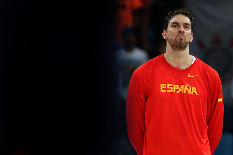 RIO DE JANEIRO, BRAZIL - AUGUST 19: Pau Gasol #4 of Spain stands on the court prior to the Men's Semifinal match against the United States on Day 14 of the Rio 2016 Olympic Games at Carioca Arena 1 on August 19, 2016 in Rio de Janeiro, Brazil. (Photo by Christian Petersen/Getty Images)