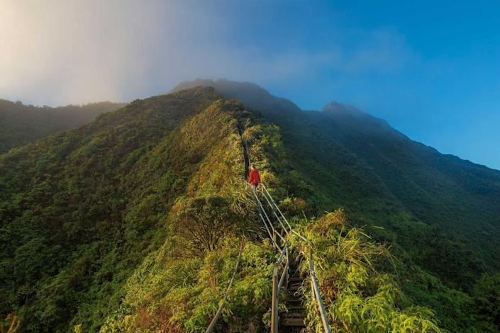 "<p>These steep stairs, referred to as the ""Stairway to Heaven,"" are on the island of Oahu in Hawaii. Running along the Ko'olau Mountain Range, it spans a total of 3,922 steps. While it's technically closed to the public with ""No Trespassing"" signs, it seems that many people climb on them anyway for this once-in-a-lifetime excursion. </p>"