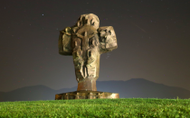 <p>This monument in Bosnia proved even more awe-inspiring with its backdrop (Reuters) </p>