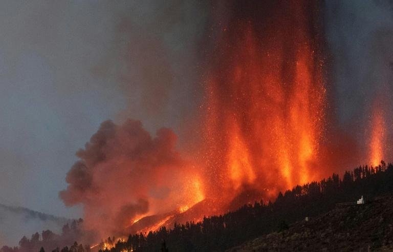 An eruption September 19, 2021 was the first the Cumbre Vieja volcano has erupted in 50 years (AFP/DESIREE MARTIN)
