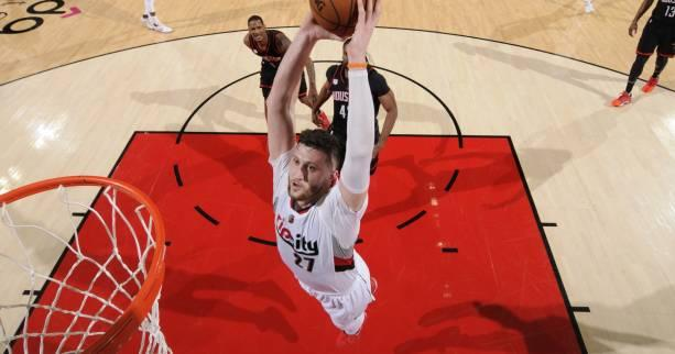 Basket - NBA - Portland surprend Houston et se rapproche des play-offs