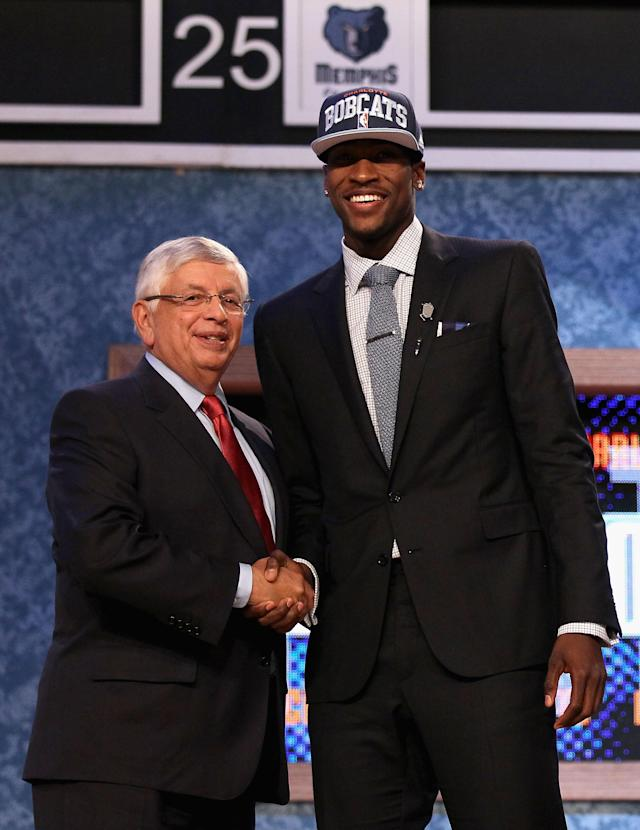 NEWARK, NJ - JUNE 28: Michael Kidd-Gilchrist (R) of the Kentucky Wildcats greets NBA Commissioner David Stern (L) after he was selected number two overall by the Charlotte Bobcats during the first round of the 2012 NBA Draft at Prudential Center on June 28, 2012 in Newark, New Jersey. NOTE TO USER: User expressly acknowledges and agrees that, by downloading and/or using this Photograph, user is consenting to the terms and conditions of the Getty Images License Agreement. (Photo by Elsa/Getty Images)