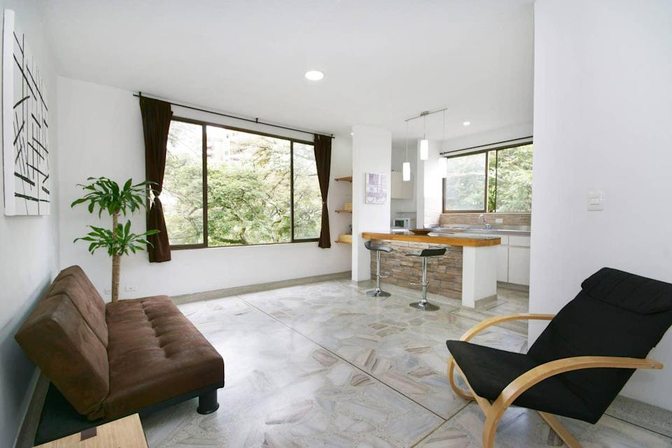 "<h2><a href=""https://www.airbnb.com/s/Cali-~-Valle-del-Cauca--Kolumbien/all"" rel=""nofollow noopener"" target=""_blank"" data-ylk=""slk:Cali, Colombia"" class=""link rapid-noclick-resp"">Cali, Colombia</a></h2>137% YoY increase in booking<br><br><strong><a href=""https://airbnb.pvxt.net/ZDNvq"" rel=""nofollow noopener"" target=""_blank"" data-ylk=""slk:Perfectly Located Spacious Entire Apt"" class=""link rapid-noclick-resp"">Perfectly Located Spacious Entire Apt</a></strong><br>""Located in one of the most traditional neighbourhoods of Cali, between the western and northern areas of the city, this space is close to great local attractions. My apartment is modern, safe, spacious, and offers a relaxing breeze from the Andes.""<br><span class=""copyright"">Photo: Courtesy of Airbnb.</span>"