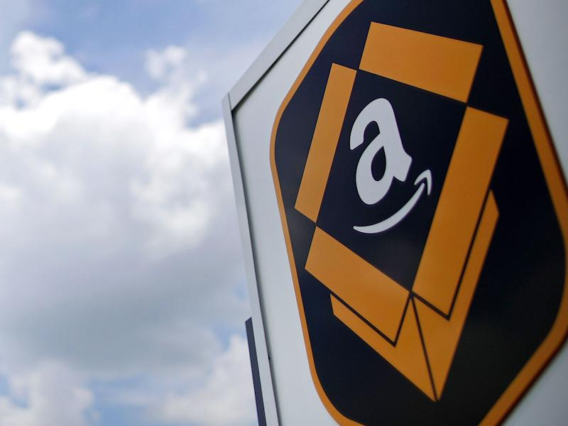 Amazon Brushes Off European Challenge to Its Cloud Business