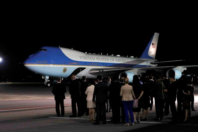 <p>The plane carrying President Donald Trump arrives at Paya Lebar Air Base in Singapore, before his summit with North Korean leader Kim Jong Un, June 10, 2018. (Photo: Kim Kyung-Hoon/Reuters) </p>