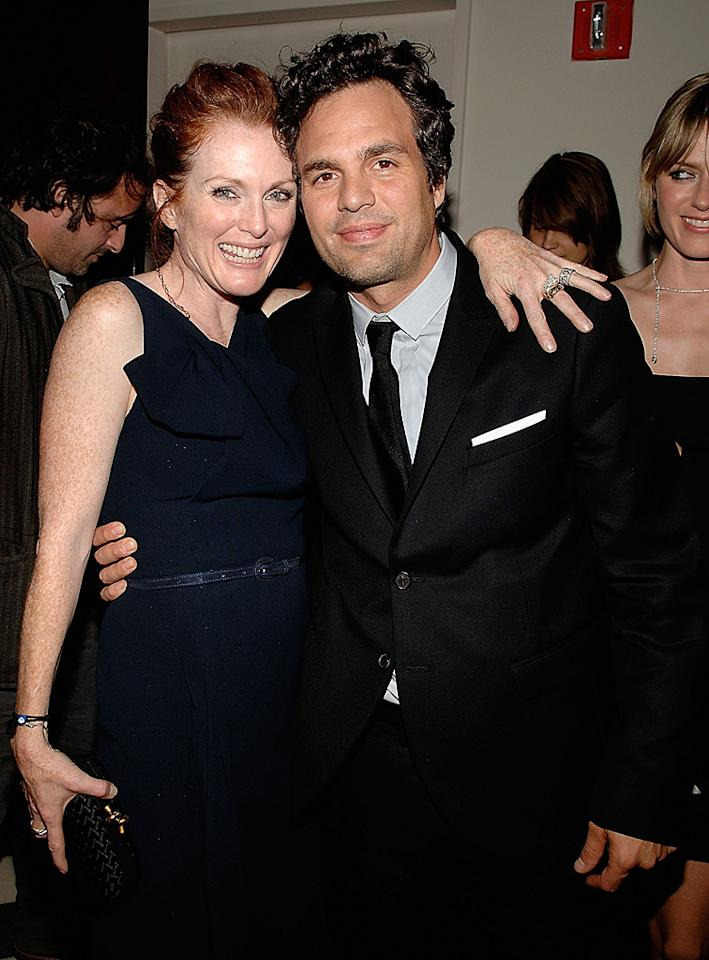 "<a href=""http://movies.yahoo.com/movie/contributor/1800020233"">Julianne Moore</a> and <a href=""http://movies.yahoo.com/movie/contributor/1800025702"">Mark Ruffalo</a> at the Cinema Society New York screening of <a href=""http://movies.yahoo.com/movie/1809916711/info"">Blindness</a> - 09/22/2008"