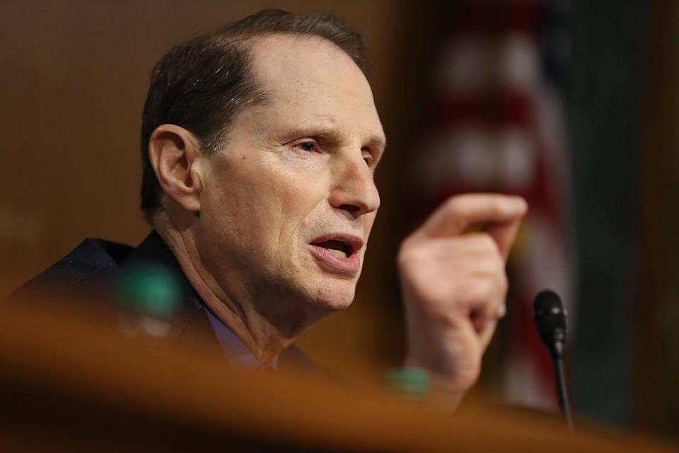 WASHINGTON, DC - JANUARY 12: Ron Wyden (D-OR) asks a question during the confirmation hearing for U.S. President-elect Donald Trump's nominee for the director of the CIA, Rep. Mike Pompeo (R-KS) before the Senate (Select) Intelligence Committee on January 12, 2017 in Washington, DC. Mr. Pompeo is a former Army officer who graduated first in his class from West Point. (Photo by Joe Raedle/Getty Images)