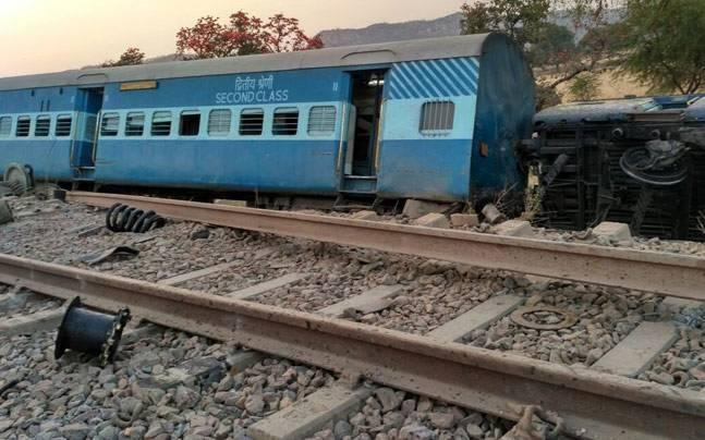 8 coaches of Jabalpur-Mahakoshal Express derail in UP; several injured, rescue operations on