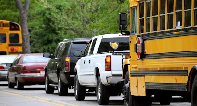 Parents are expressing their frustration with school drop-off on Facebook, and their complaints are all too common. (Photo: Getty Images)