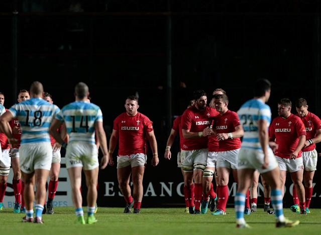 Rugby Union - June Internationals - Argentina v Wales - Brigadier General Estanislao Lopez Stadium, Santa Fe, Argentina - June 16, 2018 - Wales' players celebrate after winning the game. REUTERS/Diego Lima