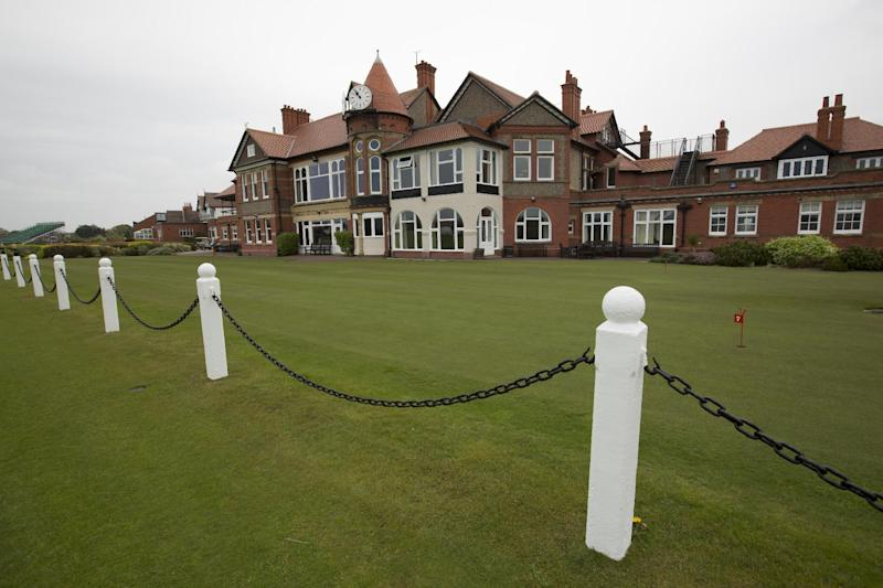 Hoylake to have Open's 1st horseshoe grandstand