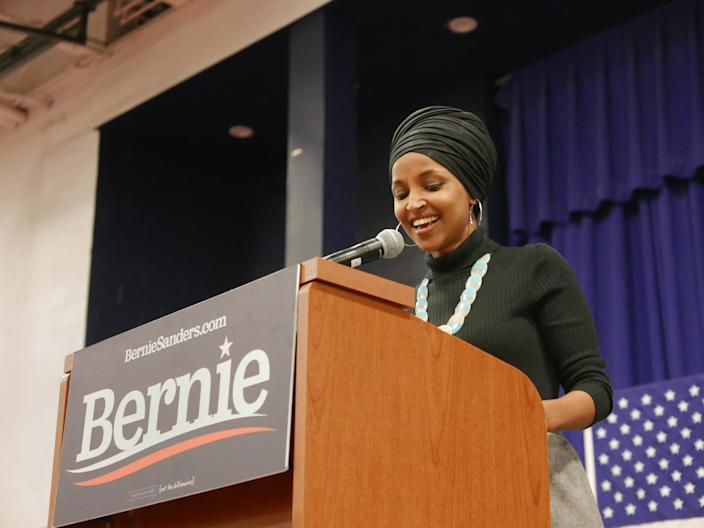 Rep. Ilhan Omar, D-MInn., delivers a speech at a Bernie Sanders campaign rally. (Photo: Hunter Walker/Yahoo News)