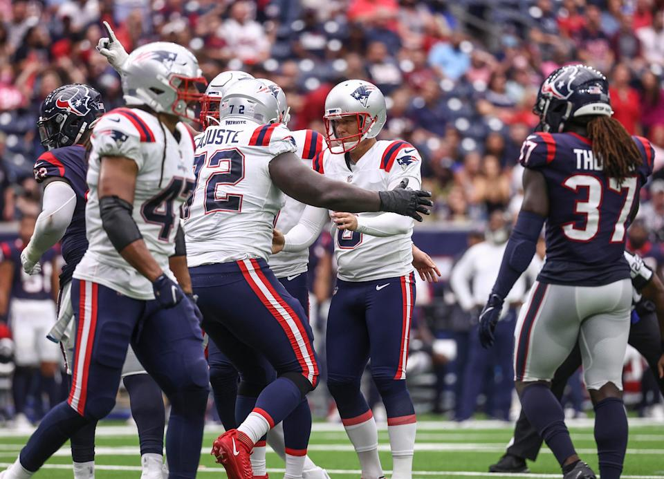 New England Patriots kicker Nick Folk (6) reacts after making a field goal during the fourth quarter against the Houston Texans.