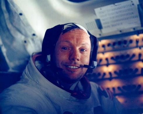 U.S. astronauts Neil Armstrong smiles in the lunar module after his historic moonwalk are pictured in this NASA handout photo.  Armstrong, has died at the age of 82, U.S. media reported on August 25, 2012. Armstrong, the first man to set foot on the moon, has died at the age of 82, his family said on August 25, 2012. REUTERS/NASA/Handout    (UNITED STATES SCI TECH ANNIVERSARY - Tags: SCIENCE TECHNOLOGY SOCIETY PROFILE OBITUARY TPX IMAGES OF THE DAY) FOR EDITORIAL USE ONLY. NOT FOR SALE FOR MARKETING OR ADVERTISING CAMPAIGNS. THIS IMAGE HAS BEEN SUPPLIED BY A THIRD PARTY. IT IS DISTRIBUTED, EXACTLY AS RECEIVED BY REUTERS, AS A SERVICE TO CLIENTS