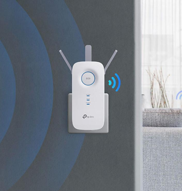Save 30 percent on the TP-Link AC1750. (Photo: Amazon)