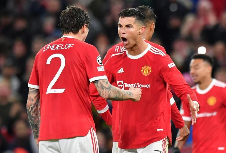 Cristiano Ronaldo (centre) scored a 95th minute winner to earn Manchester United a 2-1 win over Villarreal (AFP/Anthony Devlin)