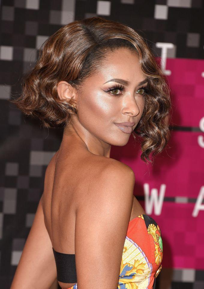 <p>Graham looked super cool with an asymmetrical bob at the MTV Video Music Awards. <i>(Photo: Getty Images)</i></p>