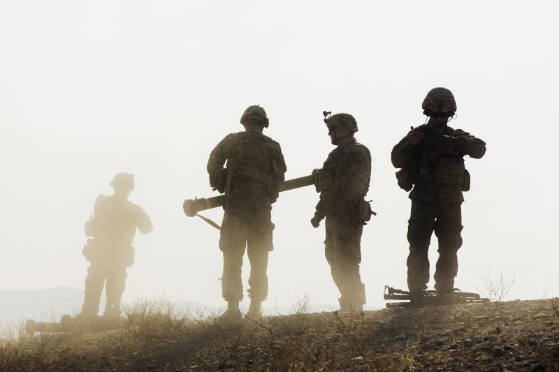 U.S. soldiers from D Troop of the 3rd Cavalry Regiment complete a training exercise near forward operating base Gamberi in the Laghman province of Afghanistan, Dec. 30, 2014. (Lucas Jackson/Reuters)