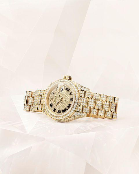 """<p>Yes, your read that correctly. With the money many soon-to-be-wedded couples are saving on their limited guest lists and pare back Stag and Hen dos, they are now investing in engagement watches.</p><p>According to <a href=""""https://www.lyst.com/data/wedding-trends-2021/"""" rel=""""nofollow noopener"""" target=""""_blank"""" data-ylk=""""slk:Lyst"""" class=""""link rapid-noclick-resp"""">Lyst</a>, we should expect a rise in matching timepieces as couple's 'something new'. The shopping platform has seen searches for 'engagement watches' increase by 42%. </p><p><a href=""""https://www.instagram.com/p/CN2I3Sjpnth/"""" rel=""""nofollow noopener"""" target=""""_blank"""" data-ylk=""""slk:See the original post on Instagram"""" class=""""link rapid-noclick-resp"""">See the original post on Instagram</a></p>"""