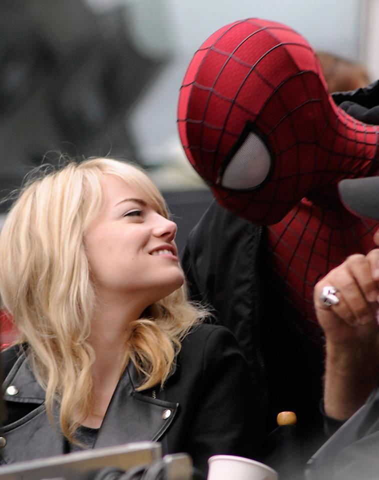 "NEW YORK, NY - MAY 18:  Emma Stone and Andrew Garfield on the set of ""The Amazing Spider-Man 2""  on May 18, 2013 in New York City.  (Photo by Bobby Bank/WireImage)"